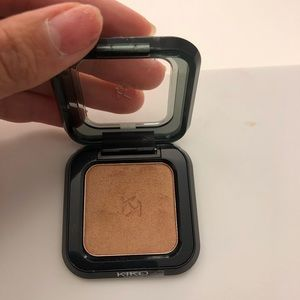 Kiko #18 high pigment eyeshadow golden